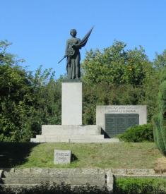Památník padlým - foceno 15.9.2007